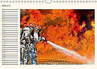 Feuerwehr - selbstlose Arbeit weltweit (Wandkalender 2019 DIN A4 quer) - Produktdetailbild 6