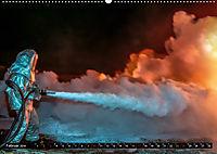 Feuerwehr - selbstlose Arbeit weltweit (Wandkalender 2019 DIN A2 quer) - Produktdetailbild 2