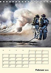 Feuerwehr - selbstloser Dienst weltweit (Tischkalender 2019 DIN A5 hoch) - Produktdetailbild 2