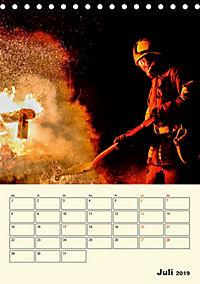 Feuerwehr - selbstloser Dienst weltweit (Tischkalender 2019 DIN A5 hoch) - Produktdetailbild 7