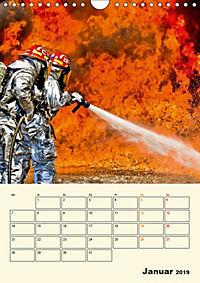 Feuerwehr - selbstloser Dienst weltweit (Wandkalender 2019 DIN A4 hoch) - Produktdetailbild 1
