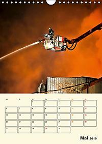 Feuerwehr - selbstloser Dienst weltweit (Wandkalender 2019 DIN A4 hoch) - Produktdetailbild 5