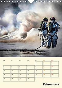Feuerwehr - selbstloser Dienst weltweit (Wandkalender 2019 DIN A4 hoch) - Produktdetailbild 2