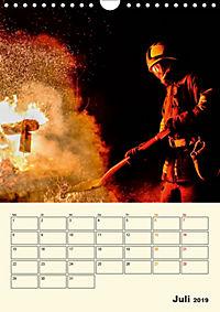 Feuerwehr - selbstloser Dienst weltweit (Wandkalender 2019 DIN A4 hoch) - Produktdetailbild 7