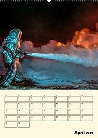 Feuerwehr - selbstloser Dienst weltweit (Wandkalender 2019 DIN A2 hoch) - Produktdetailbild 4