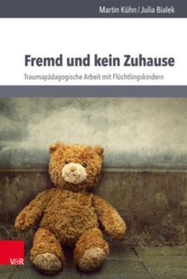 Fremd und kein Zuhause, Martin Kühn, Julia Bialek