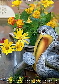 Fröhlich-bunte Gartendekos (Wandkalender 2019 DIN A2 hoch) - Produktdetailbild 5