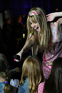 Hannah Montana & Miley Cyrus - Best Of Both Worlds Concert - Produktdetailbild 5