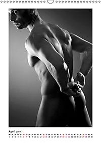 Hinterteile von knackigen Männern (Wandkalender 2019 DIN A3 hoch) - Produktdetailbild 4