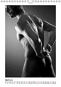 Hinterteile von knackigen Männern (Wandkalender 2019 DIN A4 hoch) - Produktdetailbild 4