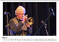 Internationale Meister des Jazz in Farbe (Wandkalender 2019 DIN A2 quer) - Produktdetailbild 5