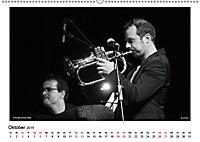 Internationale Meister des Jazz in Schwarzweiß (Wandkalender 2019 DIN A2 quer) - Produktdetailbild 10
