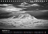 Island in Schwarzweiss (Tischkalender 2019 DIN A5 quer) - Produktdetailbild 9