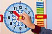 Kalenderuhr aus Holz - Produktdetailbild 3
