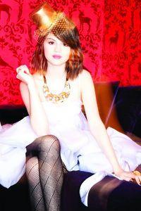 Kiss & Tell, Selena & The Scene Gomez