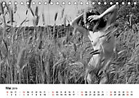 Klassischer Akt schwarz und weiss (Tischkalender 2019 DIN A5 quer) - Produktdetailbild 5