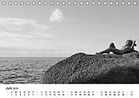 Klassischer Akt schwarz und weiss (Tischkalender 2019 DIN A5 quer) - Produktdetailbild 6