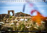 Klippen und Meer. Fantastische Ausblicke auf den Inseln im Ärmelkanal (Tischkalender 2019 DIN A5 quer) - Produktdetailbild 1