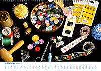 Kreative Handarbeiten 2019. Impressionen von Mensch und Material (Wandkalender 2019 DIN A3 quer) - Produktdetailbild 11