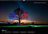 Lichtkunst - Weltreise Markante Bäume (Wandkalender 2019 DIN A2 quer) - Produktdetailbild 3