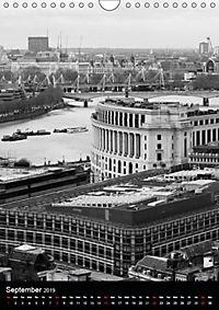 London view from St. Paul's Cathedral (Wall Calendar 2019 DIN A4 Portrait) - Produktdetailbild 9