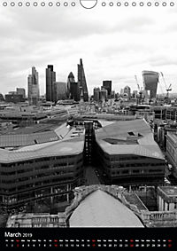 London view from St. Paul's Cathedral (Wall Calendar 2019 DIN A4 Portrait) - Produktdetailbild 3