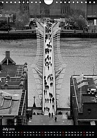 London view from St. Paul's Cathedral (Wall Calendar 2019 DIN A4 Portrait) - Produktdetailbild 7