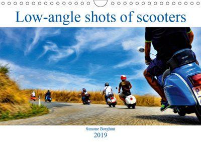 Low-angle shots of scooters (Wall Calendar 2019 DIN A4 Landscape), Simone Borghini