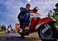 Low-angle shots of scooters (Wall Calendar 2019 DIN A4 Landscape) - Produktdetailbild 3