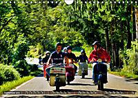 Low-angle shots of scooters (Wall Calendar 2019 DIN A4 Landscape) - Produktdetailbild 9
