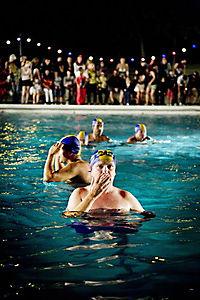 Männer im Wasser - Produktdetailbild 9