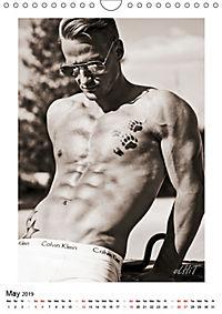 MEN by eLHiT photography (Wall Calendar 2019 DIN A4 Portrait) - Produktdetailbild 5