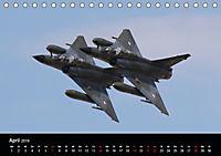 Militärflugzeuge 2019 (Tischkalender 2019 DIN A5 quer) - Produktdetailbild 4