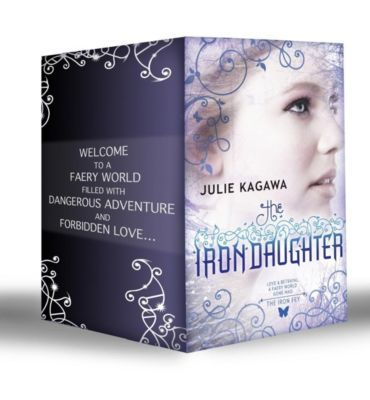 Mills & Boon: Iron Fey: The Iron King / Winter's Passage / The Iron Daughter / The Iron Queen / Summer's Crossing / The Iron Knight / Iron's Prophecy / The Lost Prince / The Iron Traitor (Mills & Boon e-Book Collections), Julie Kagawa