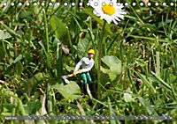 Miniaturfiguren in der Makrowelt ...ganz gross im Garten (Tischkalender 2019 DIN A5 quer) - Produktdetailbild 4