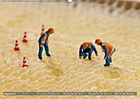 Miniaturfiguren in der Makrowelt ...ganz groß im Garten (Wandkalender 2019 DIN A2 quer) - Produktdetailbild 8