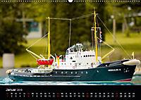 Modellboote in ihrem Element (Wandkalender 2019 DIN A2 quer) - Produktdetailbild 1