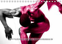 Naked men behind the colors - Ästhetische Aktfotografien (Tischkalender 2019 DIN A5 quer) - Produktdetailbild 9