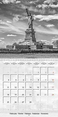 NEW YORK CITY Famous Cityscapes (Wall Calendar 2019 300 × 300 mm Square) - Produktdetailbild 2