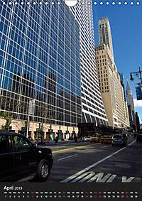 New York reflections of a big city (Wall Calendar 2019 DIN A4 Portrait) - Produktdetailbild 4