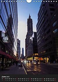 New York reflections of a big city (Wall Calendar 2019 DIN A4 Portrait) - Produktdetailbild 6
