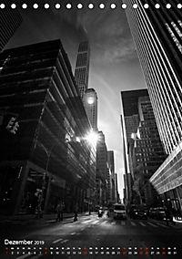 New York - Szenen in Schwarz - Weiß (Tischkalender 2019 DIN A5 hoch) - Produktdetailbild 12