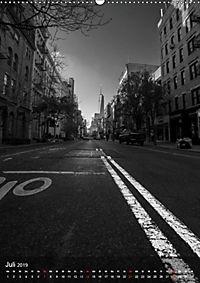 New York - Szenen in Schwarz - Weiss (Wandkalender 2019 DIN A2 hoch) - Produktdetailbild 7