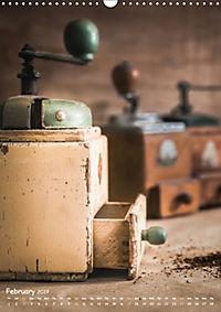 Old coffee grinders (Wall Calendar 2019 DIN A3 Portrait) - Produktdetailbild 2