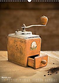 Old coffee grinders (Wall Calendar 2019 DIN A3 Portrait) - Produktdetailbild 3