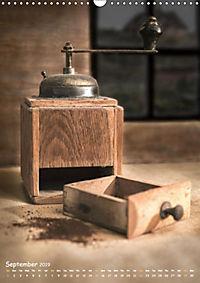 Old coffee grinders (Wall Calendar 2019 DIN A3 Portrait) - Produktdetailbild 9