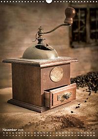 Old coffee grinders (Wall Calendar 2019 DIN A3 Portrait) - Produktdetailbild 11