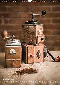 Old coffee grinders (Wall Calendar 2019 DIN A3 Portrait) - Produktdetailbild 12