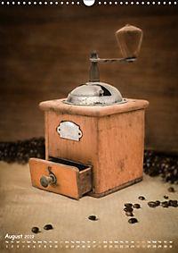 Old coffee grinders (Wall Calendar 2019 DIN A3 Portrait) - Produktdetailbild 8