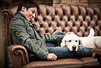 Prominent mit Hund und einer Katze - Produktdetailbild 5